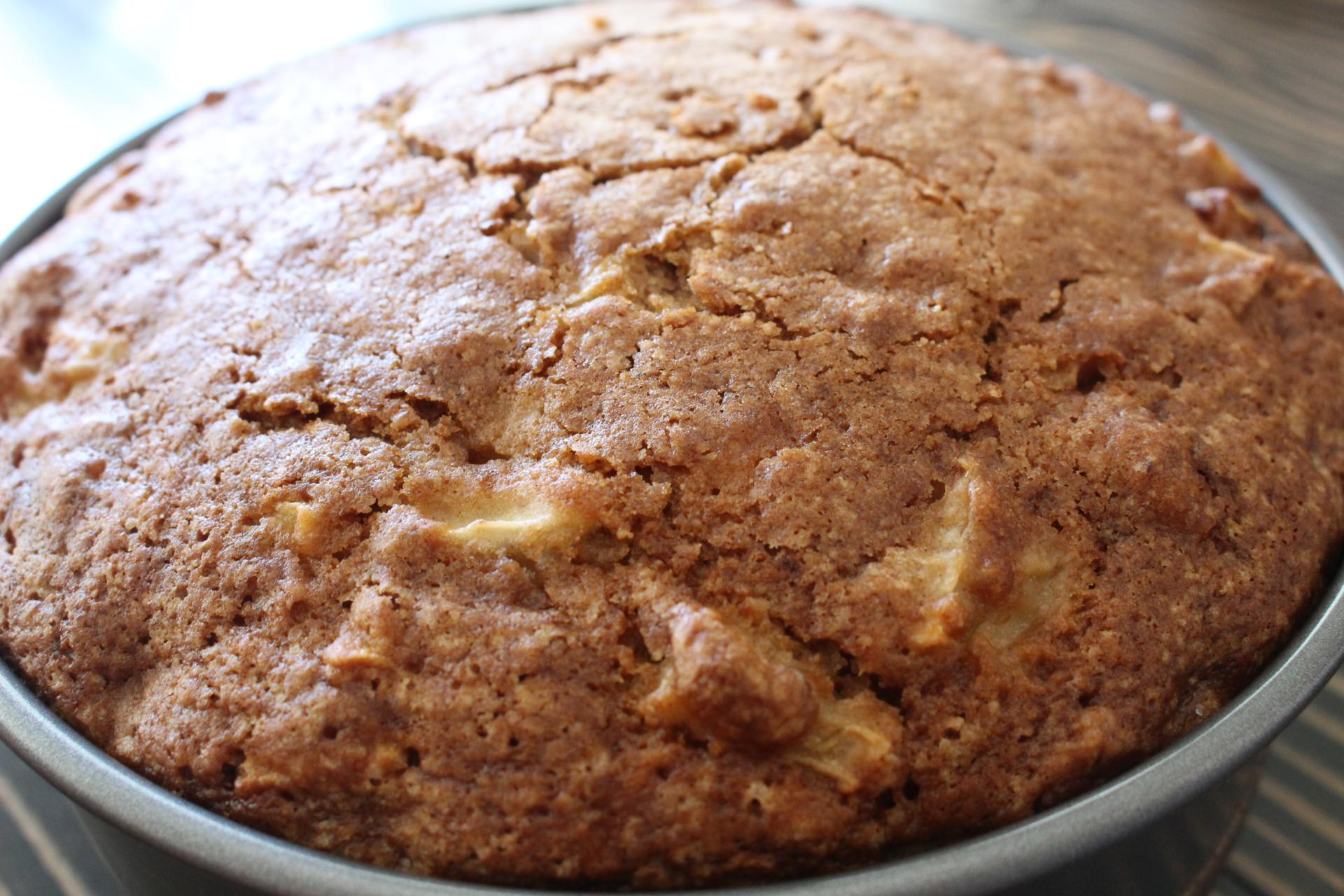 BAKE ME: Apple Cake for the High Holidays