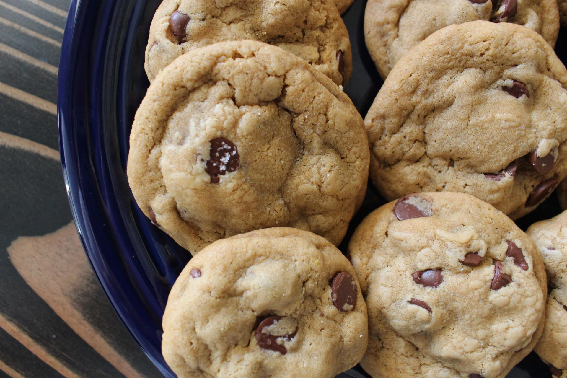 BAKE ME: Sea Salt Coconut Oil Chocolate Chip Cookies
