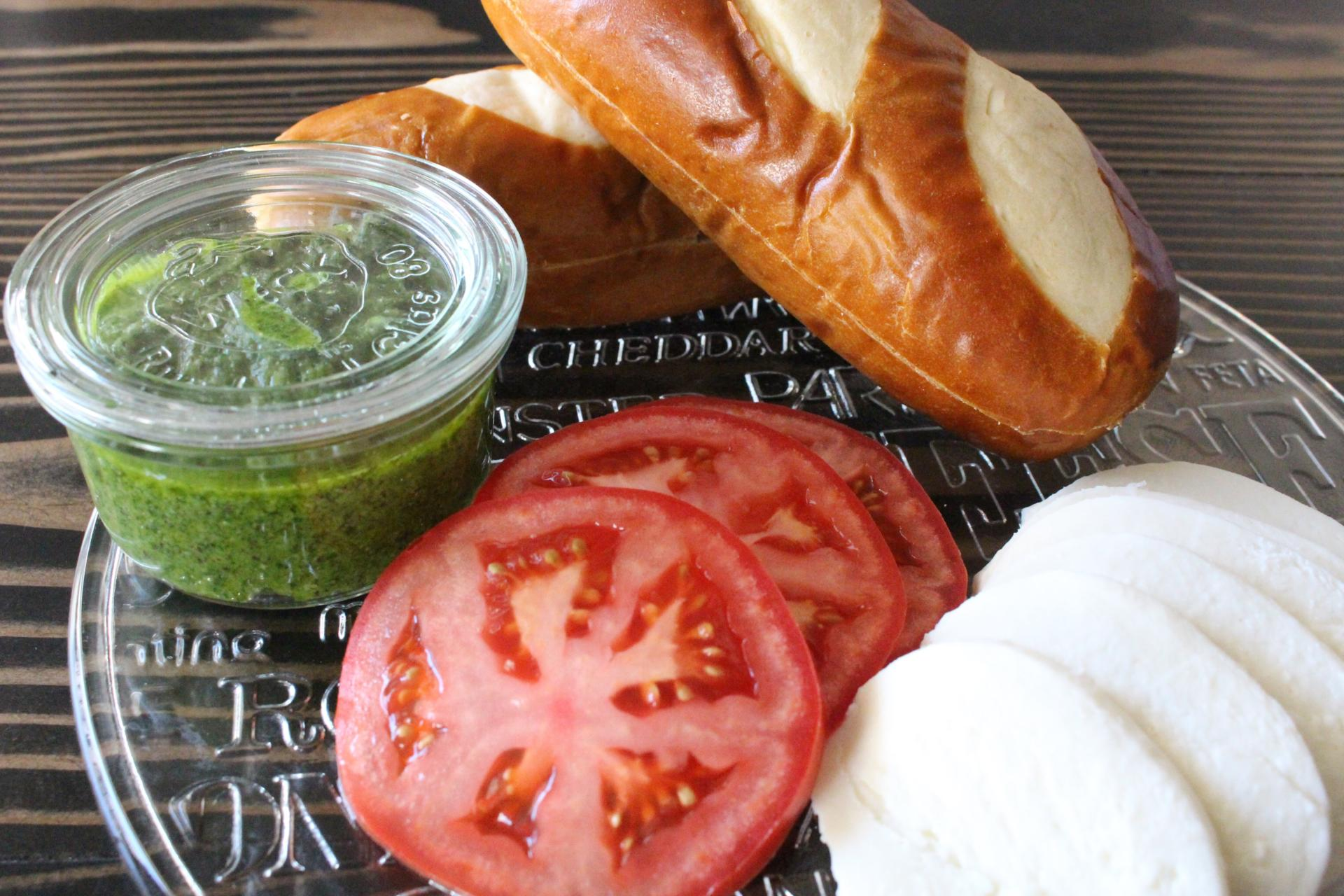 SAUCES AND SPREADS: Sorrento Pesto Caprese Sandwiches