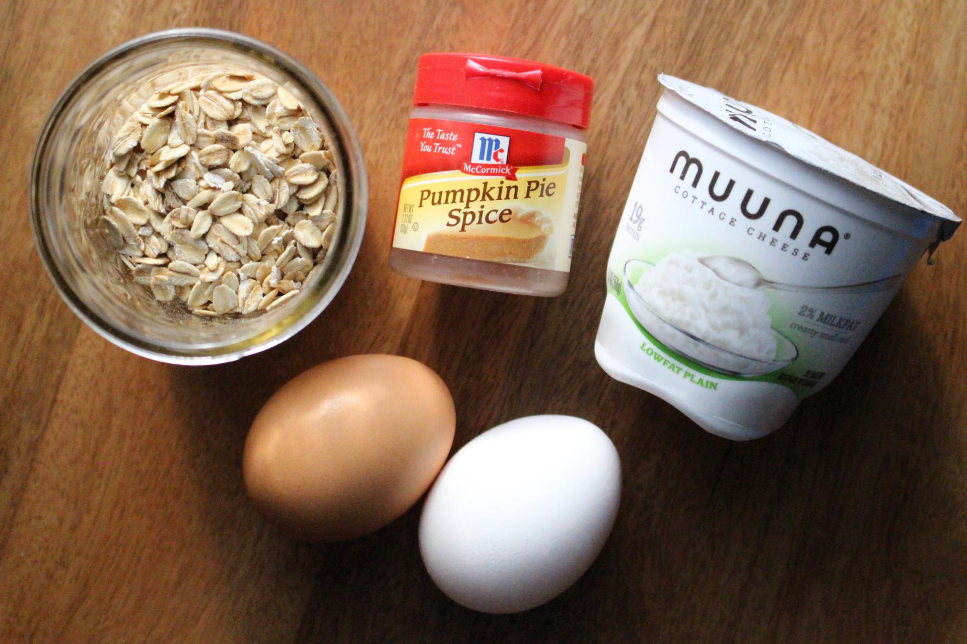 BREAKFAST: Pumpkin Spice Oatmeal Pancakes with Muuna